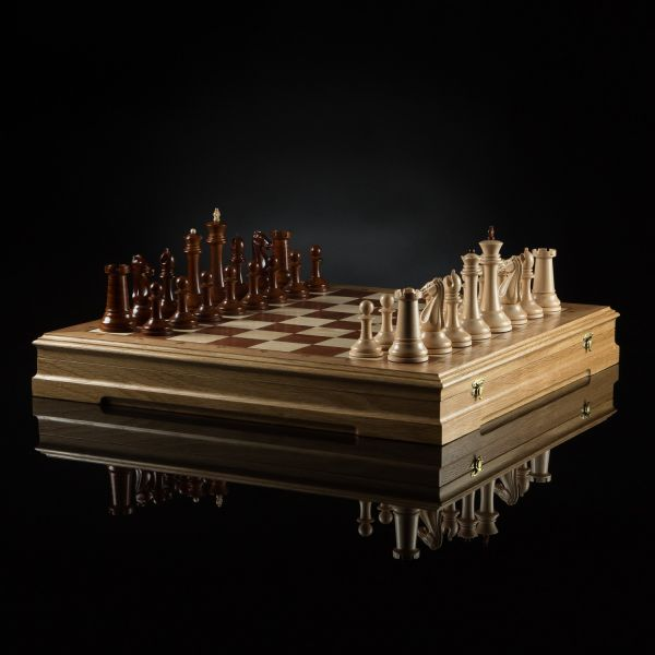 "Chess ""Staunton Favorite"" (Light Board)"