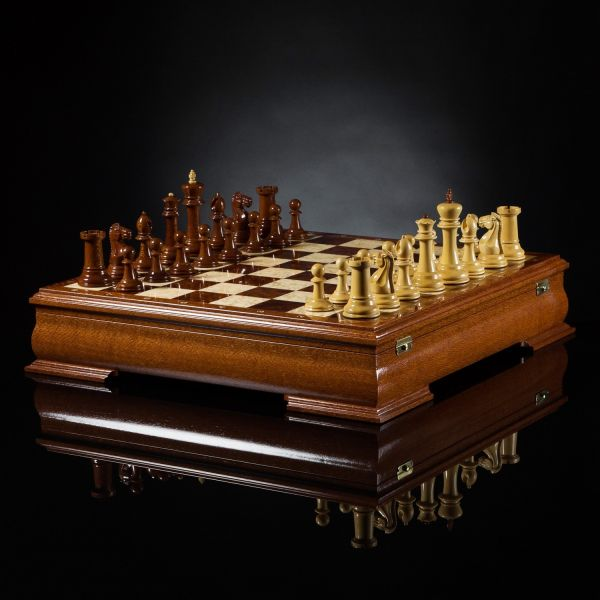 "Chess ""Staunton"" Luxury (Livewood / Boxwood), Limited Edition"