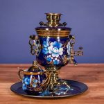 """Samovar electric 3 liters """"Tula"""" in the set """"Zhostovo on blue"""" hand-painting (auto power off button)"""